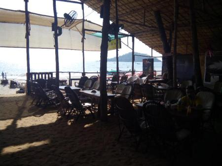 Restoran Cafe Del Mar Beach Bungalows