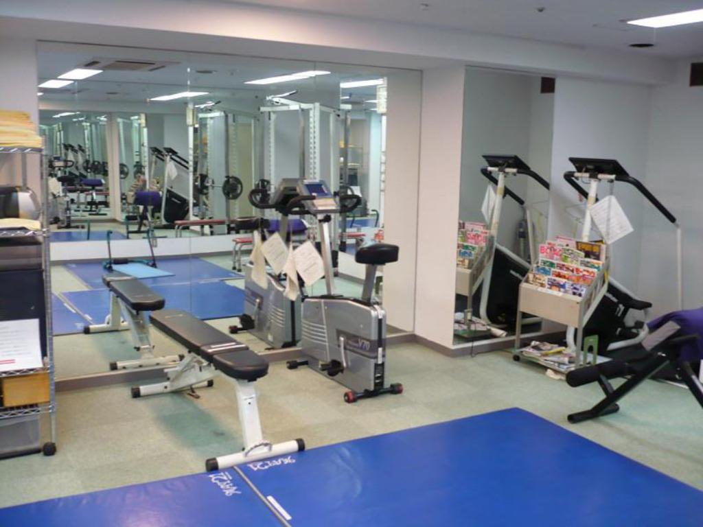 Fitness center Ishino Spa Roppongi VIVI Capsule Hotel