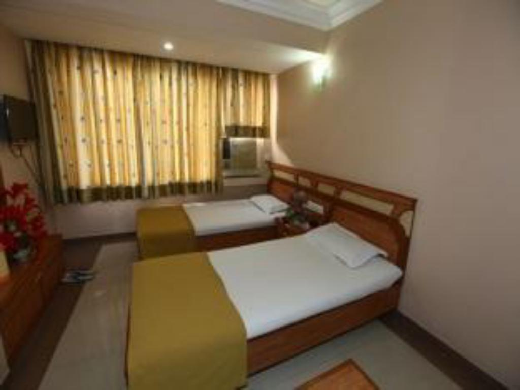 Standard Air Conditioning - Guestroom Hotel Prime