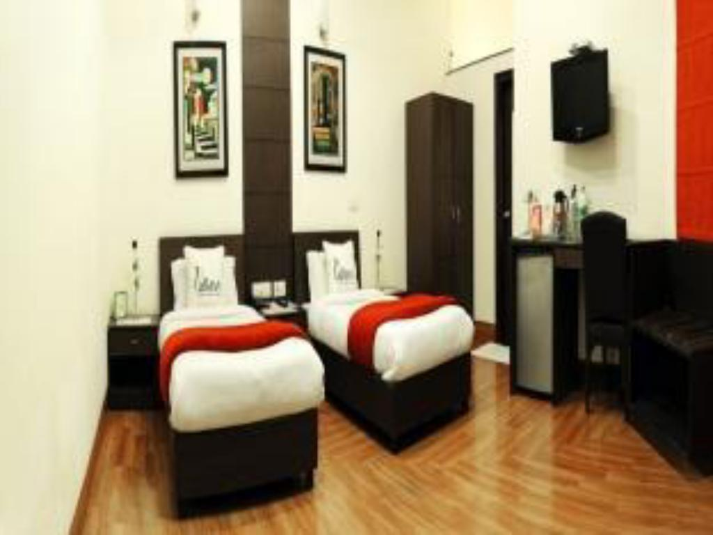 See all 14 photos Hotel Pallavi West