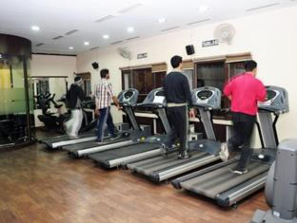 Fitness center Hotel Pallavi West