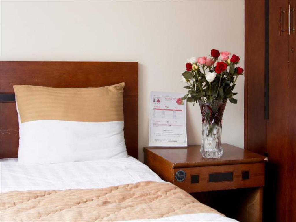 Standard Double Bed - Bed Phong Lan Hotel