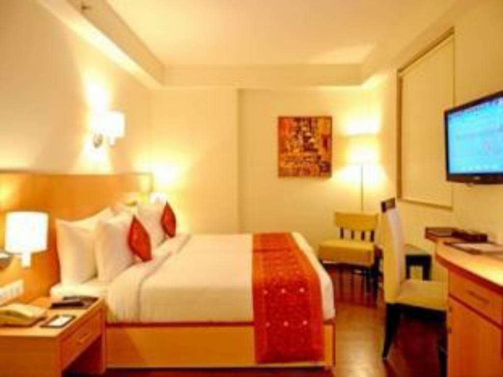 Deluxe Room - Guestroom The Theme Hotel Jaipur