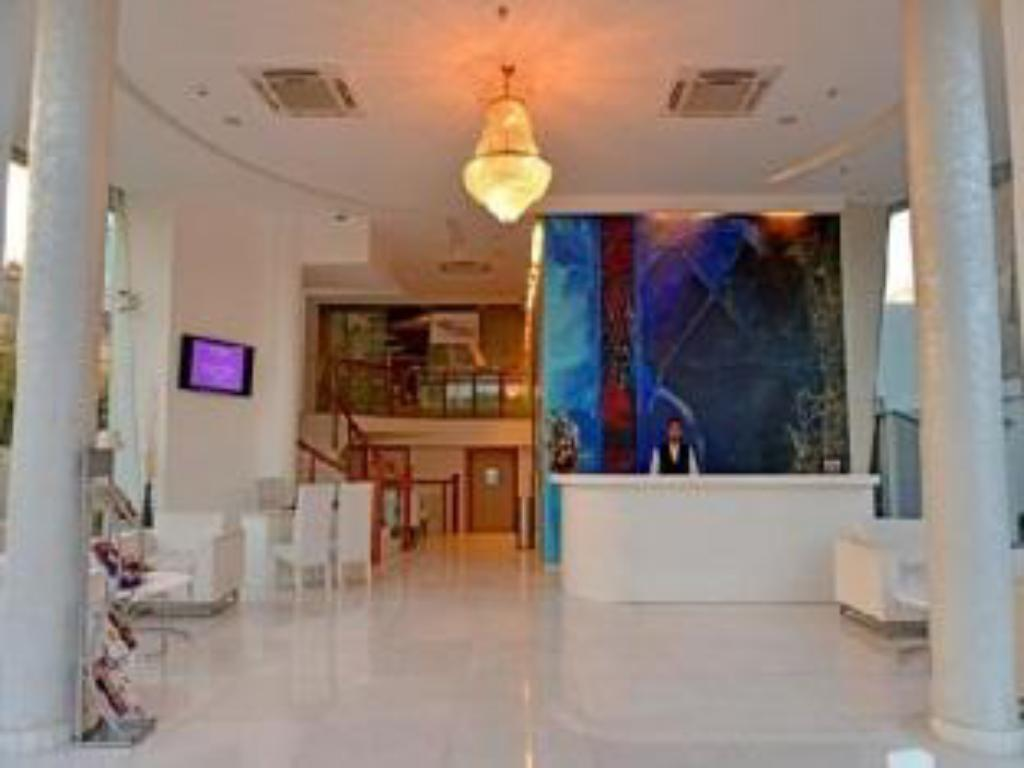 Lobby The Theme Hotel Jaipur