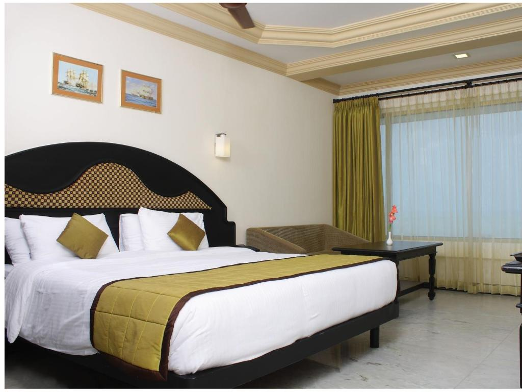 Deluxe Room with Sea Facing - Bed Hotel Sea View