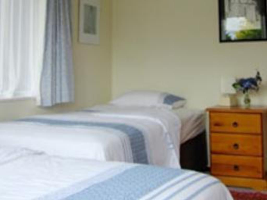 Rotoiti Room - Bed Lakeview Heights Bed & Breakfast