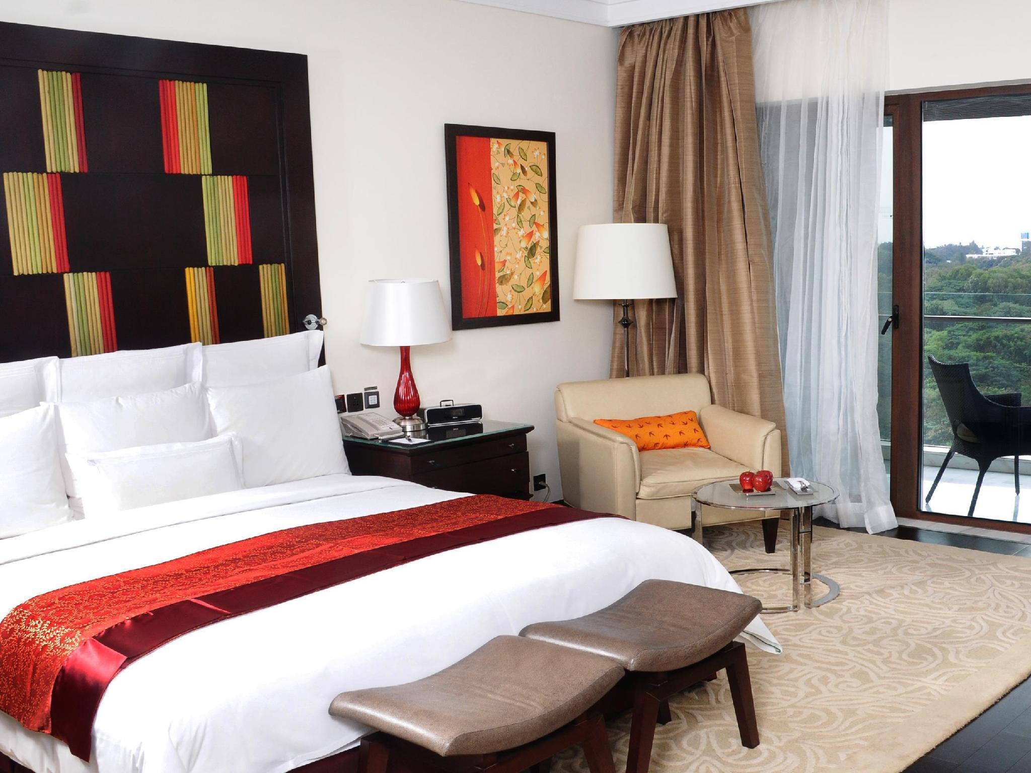 Executive Room - Balcony, Executive level, Guest room