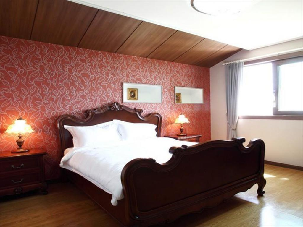 Family Room - Guestroom Nuga Village Pension