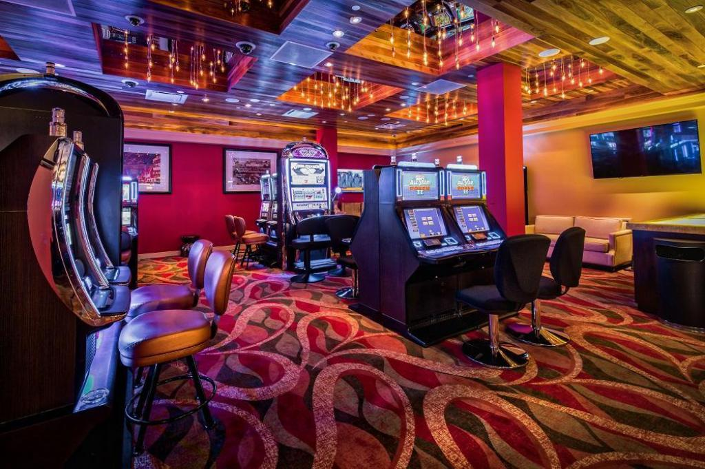 Casino Downtown Grand Hotel & Casino, an Ascend Hotel Collection Member