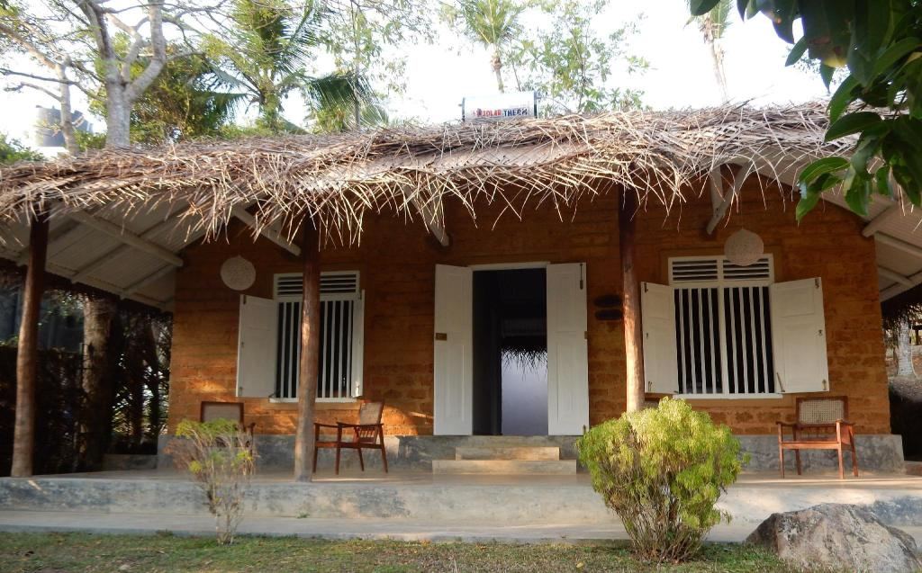 1 Bedroom Lake View - View Kadolana Eco Village