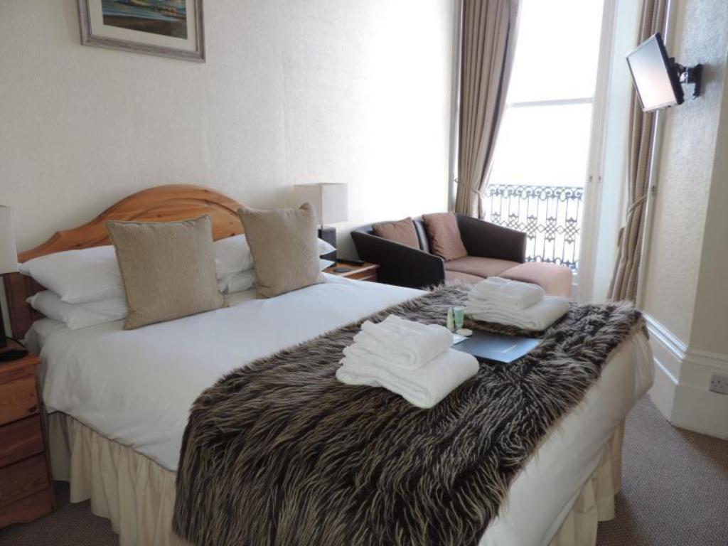 Double Room with Sea View Beach Front Guest House