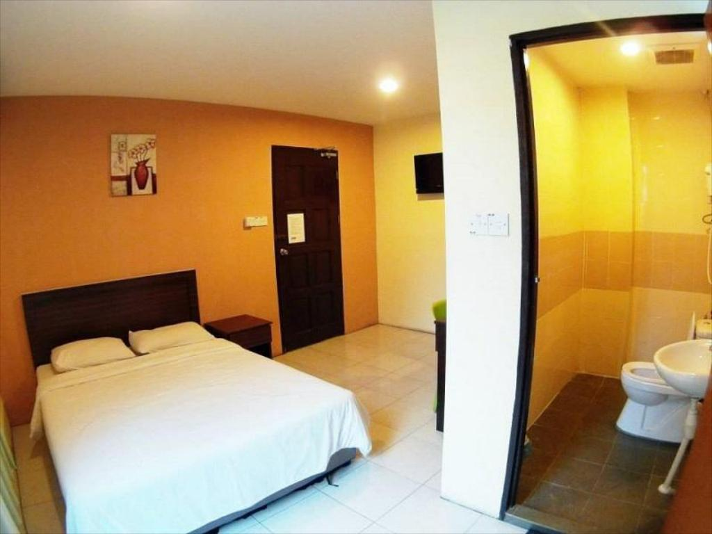 Standard Double Hotel 48 Room-for-Rent
