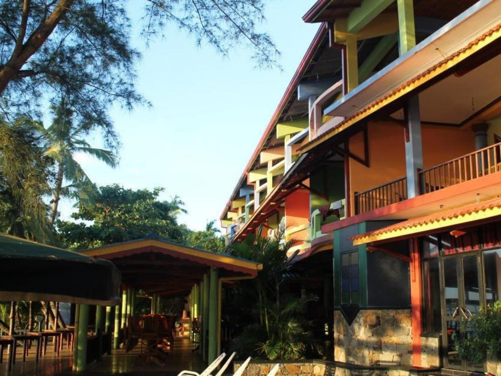 More about Yoho Gayana Guest House