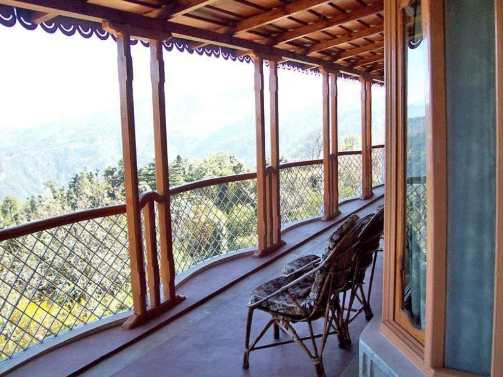Balcony/terrace Kausani Best Inn