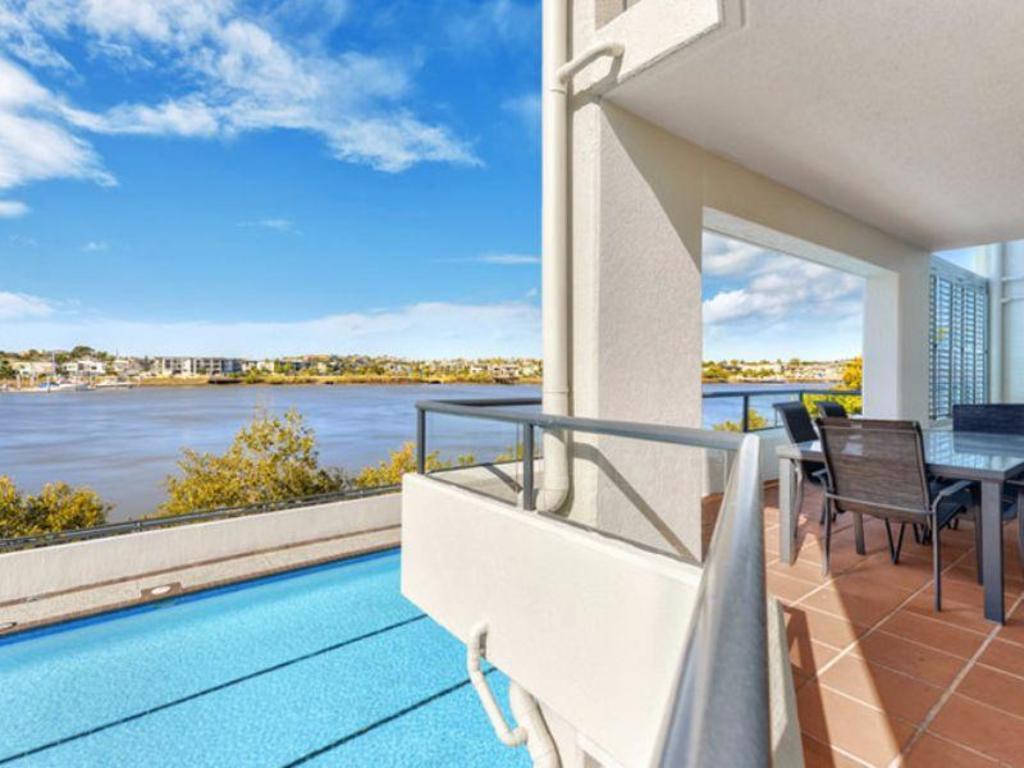 Goldsborough Place Apartments in Brisbane - Room Deals