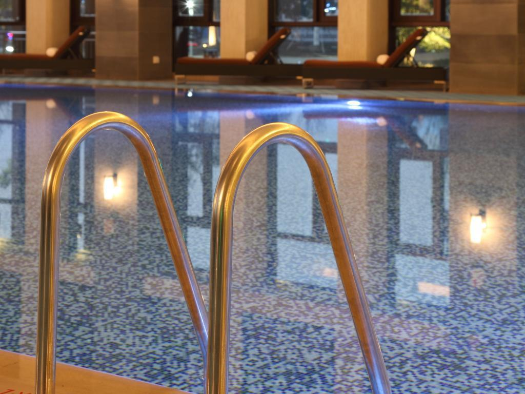 Piscina Double Tree by Hilton Hotel Jiaxing