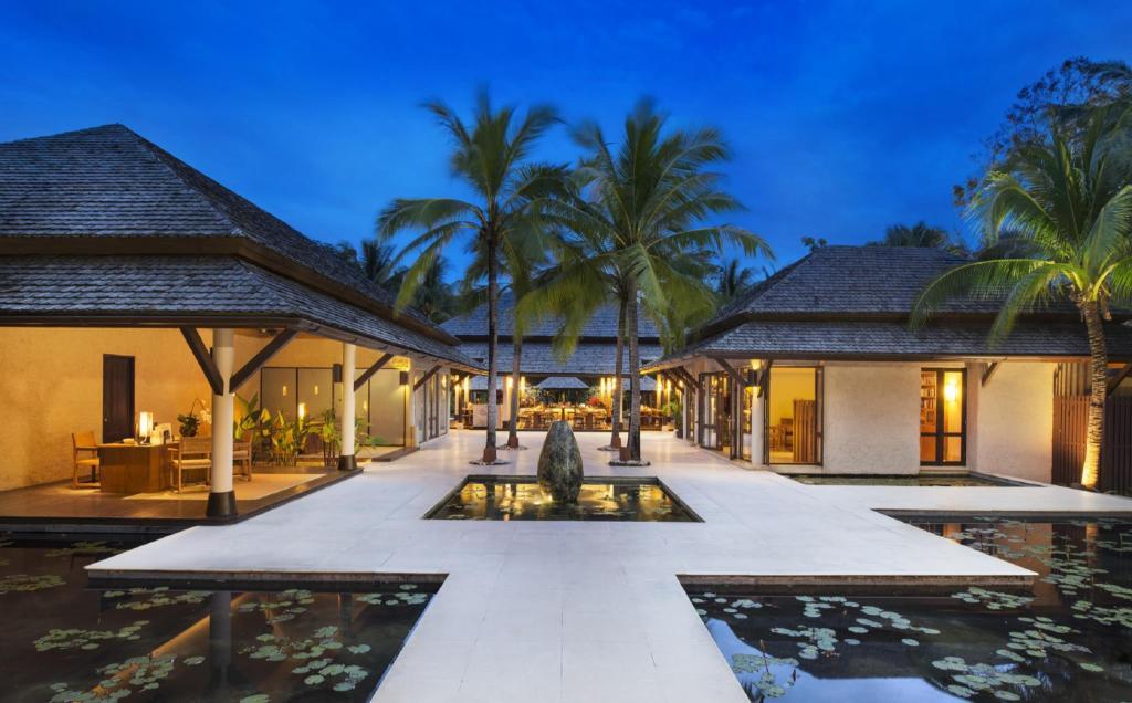 Sheraton hua hin pranburi villas in hua hin cha am for 8 villas hua hin