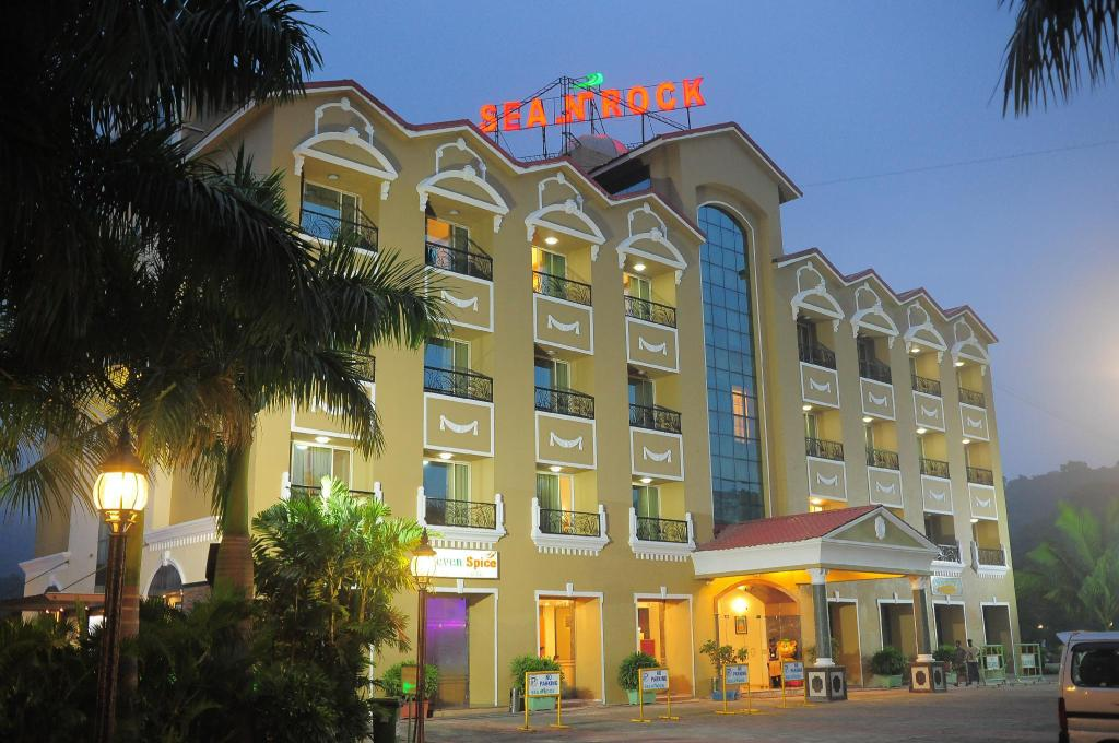 More about Hotel Sea N Rock