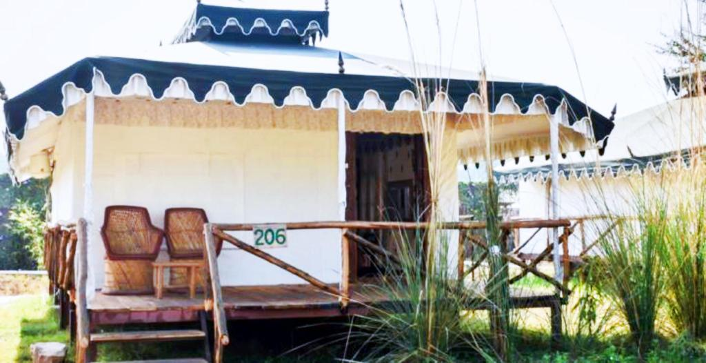 Rajwara Tent - View Sultanbagh Jungle Camp - Ranthambore