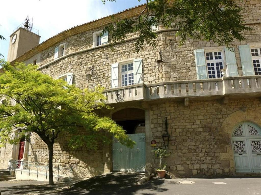 In And Out Beziers chateau de murviel guesthouse/bed and breakfast (murviel-les