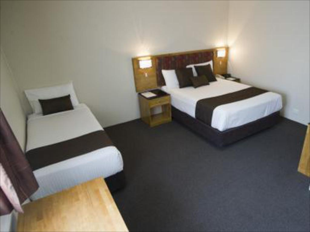 Deluxe Twin Room - Bed Noahs Mid City Muswellbrook Inn