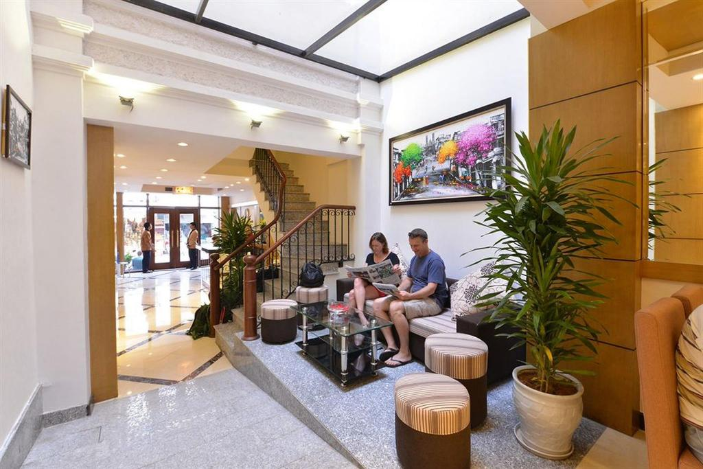 Lobby Golden Sun Suites Hotel