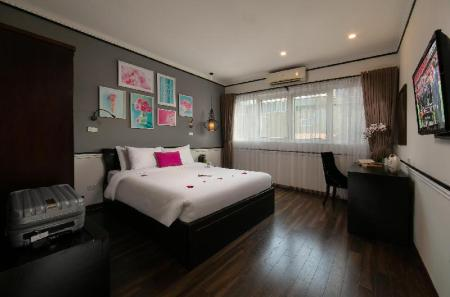 Junior Suite with View Hanoi Garden Boutique Hotel and Spa