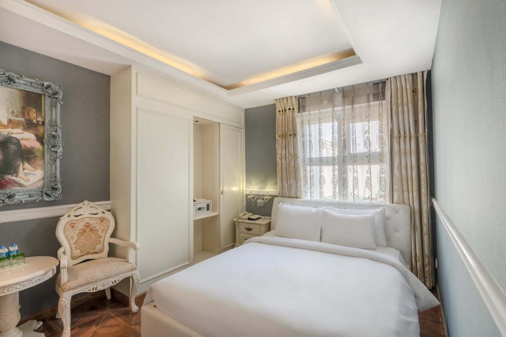 Deluxe A&Em 280 Le Thanh Ton Hotel & Spa