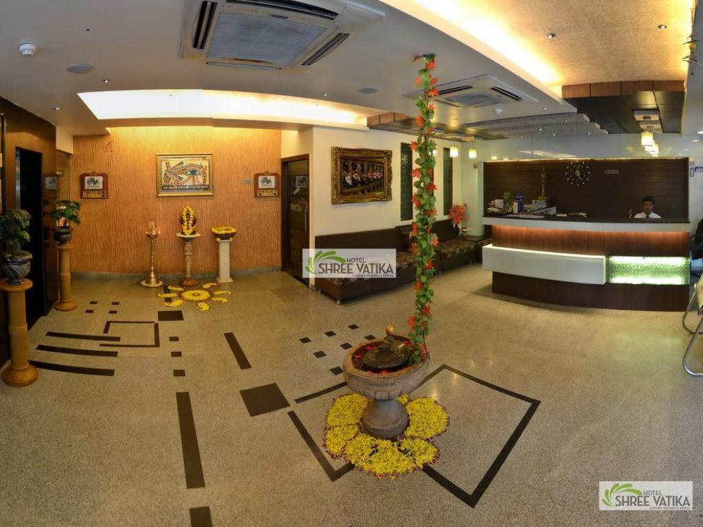 Reception Hotel Shree Vatika