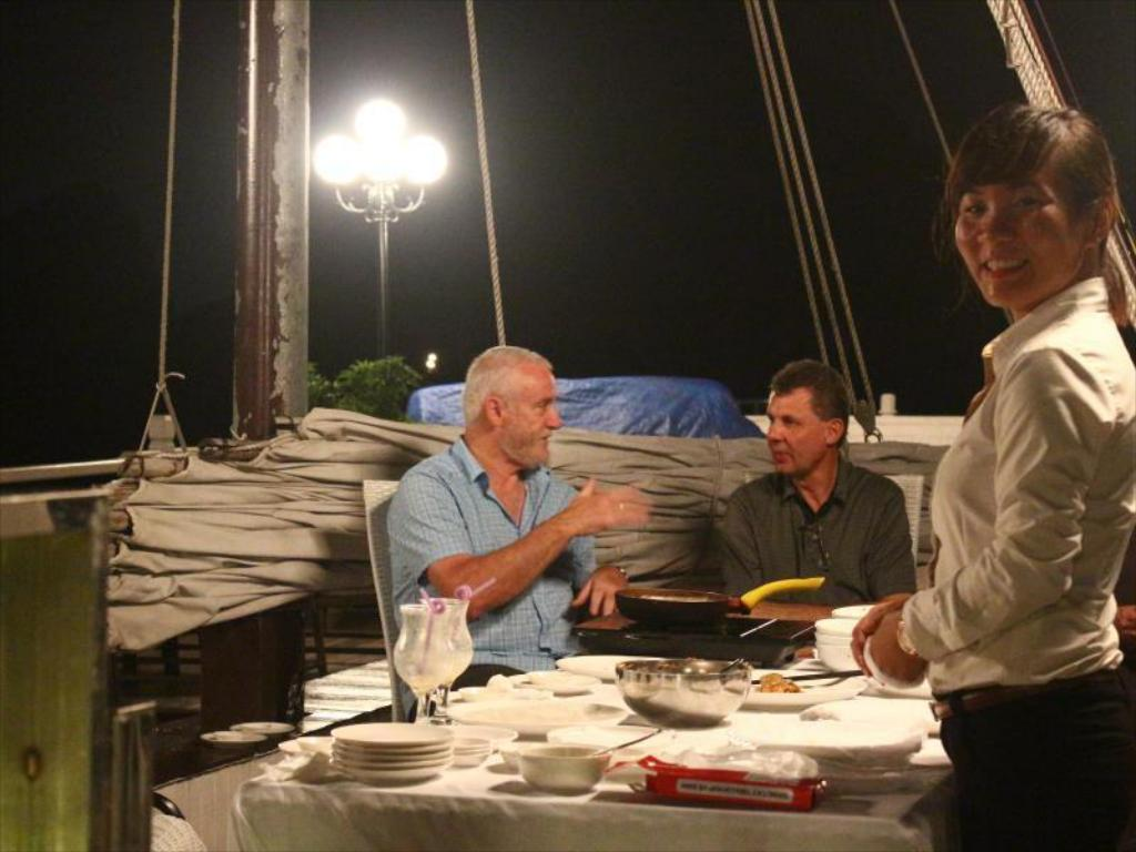 Signature Halong Cruise Boat Cruise Ha Long Deals Photos
