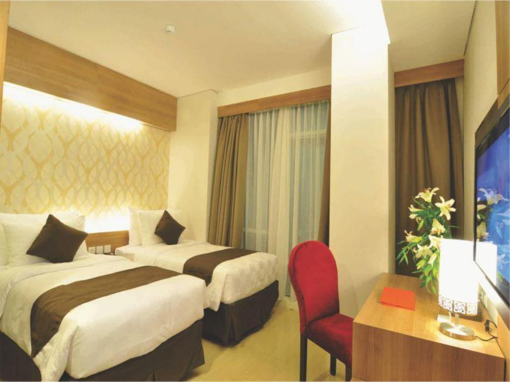 Superior Double atau Twin GP Mega Kuningan Hotel