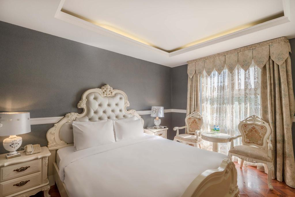 Premium deluxe - Vuode A&Em 280 Le Thanh Ton Hotel & Spa