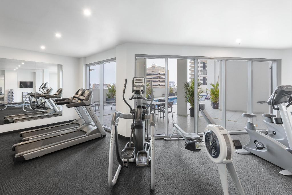 Fitness center Oaks Elan Darwin