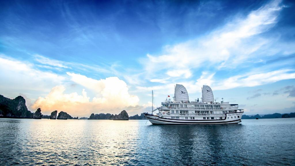 Meer over Signature Halong Cruise