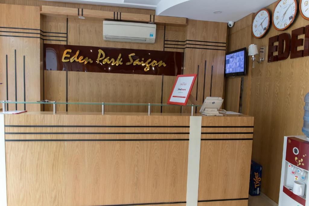 RedDoorz Plus near SECC D7 in Ho Chi Minh City - Room Deals