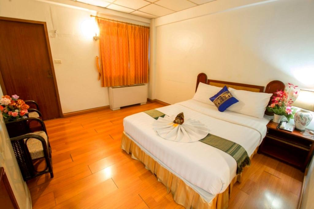 See all 6 photos Boss Suites Pattaya