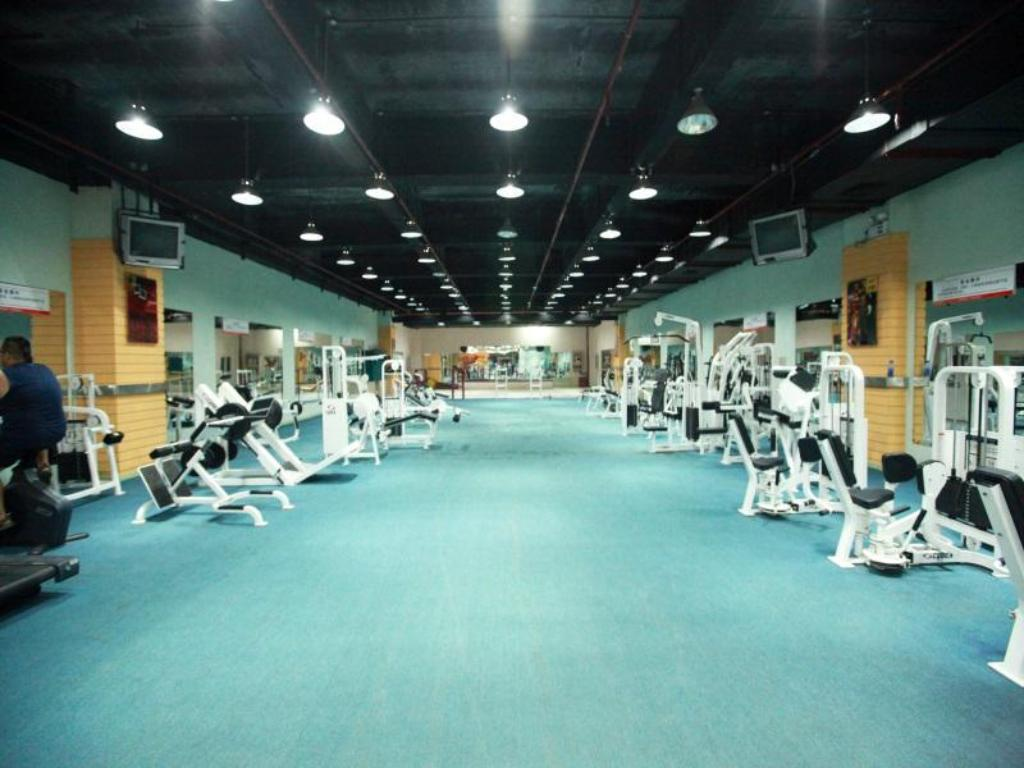 Fitness center Kunming Lake View Hotel