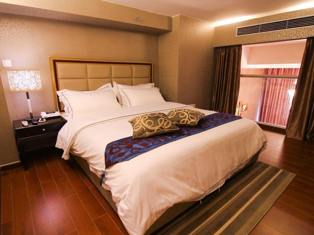 Duplex Suite with King Bed - Bed MG Hotel Apartment Grandview Mall Branch