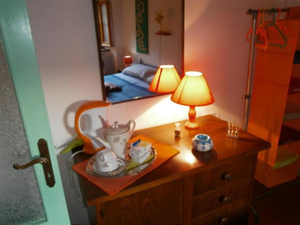 Double Room with shared bathroom room - Guestroom Il Moro In Piazzetta