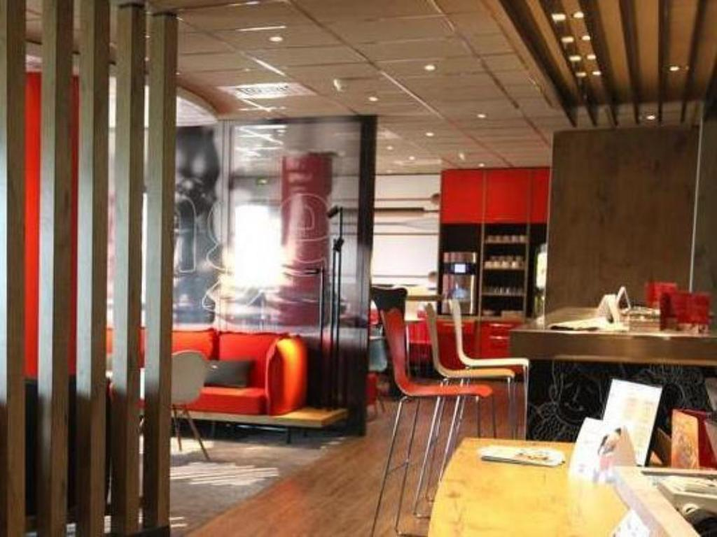 Interior view ibis Aurillac