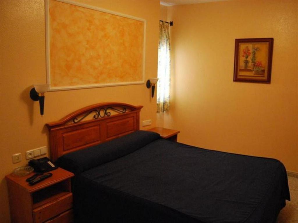 Double or Twin Room - Bed Hotel Balisa