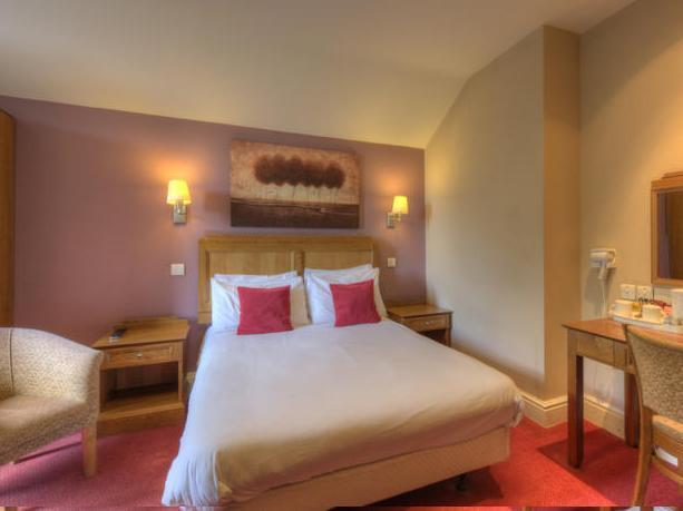 Kamar Double (Double Room)