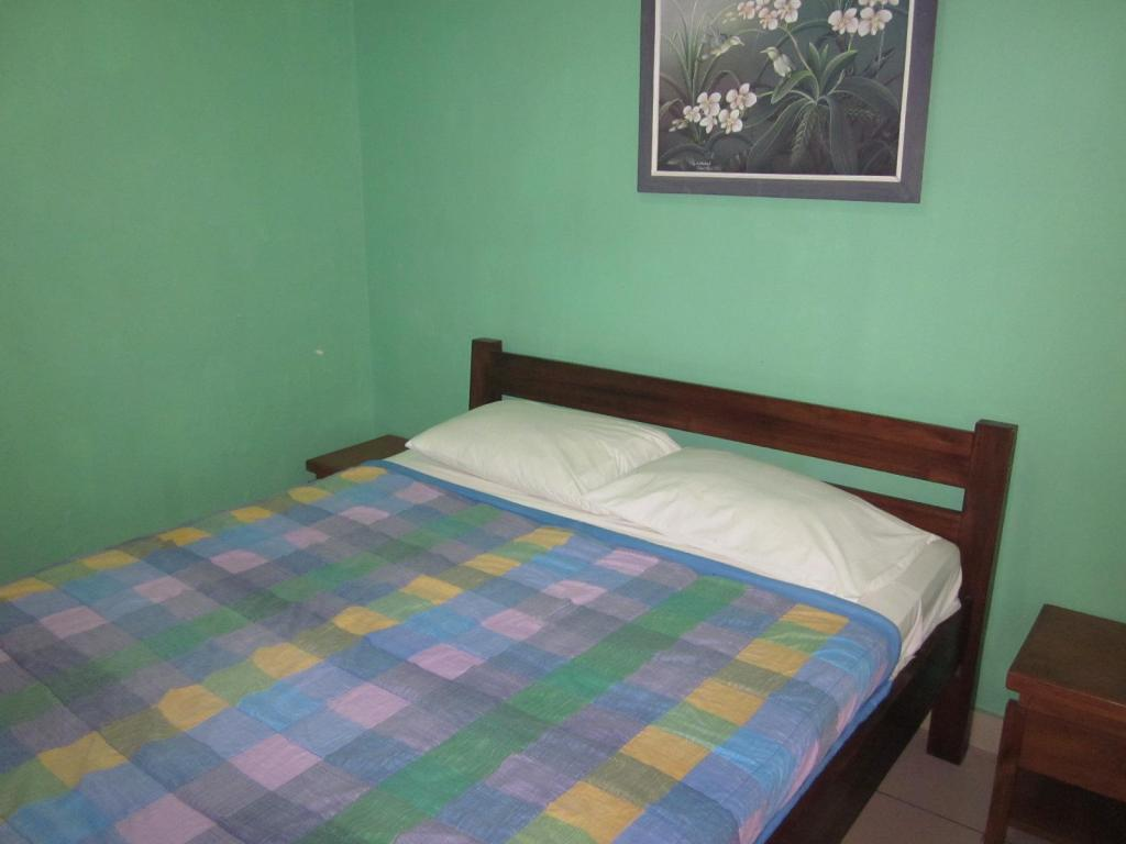 Standard Double or Twin - Guestroom Lestari Homestay