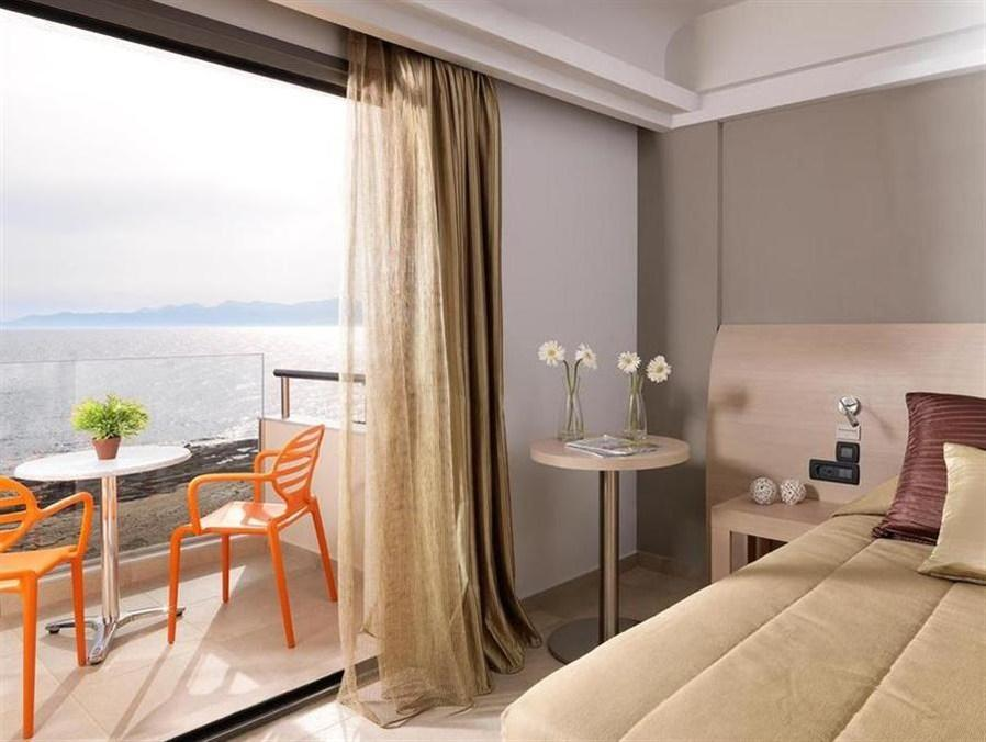 Classic Room with Sea Side View