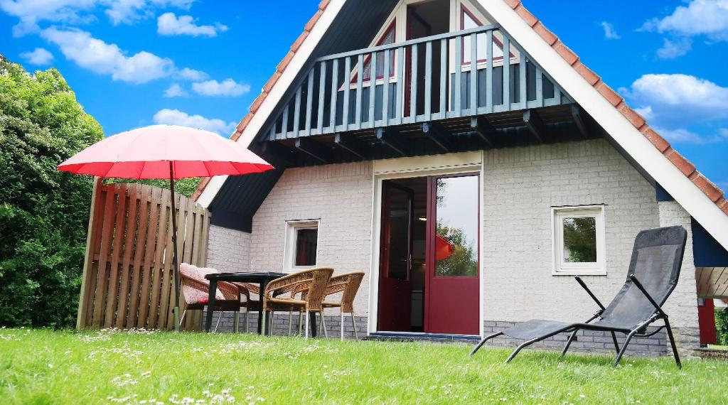 house close to the national park Lauwersmeer