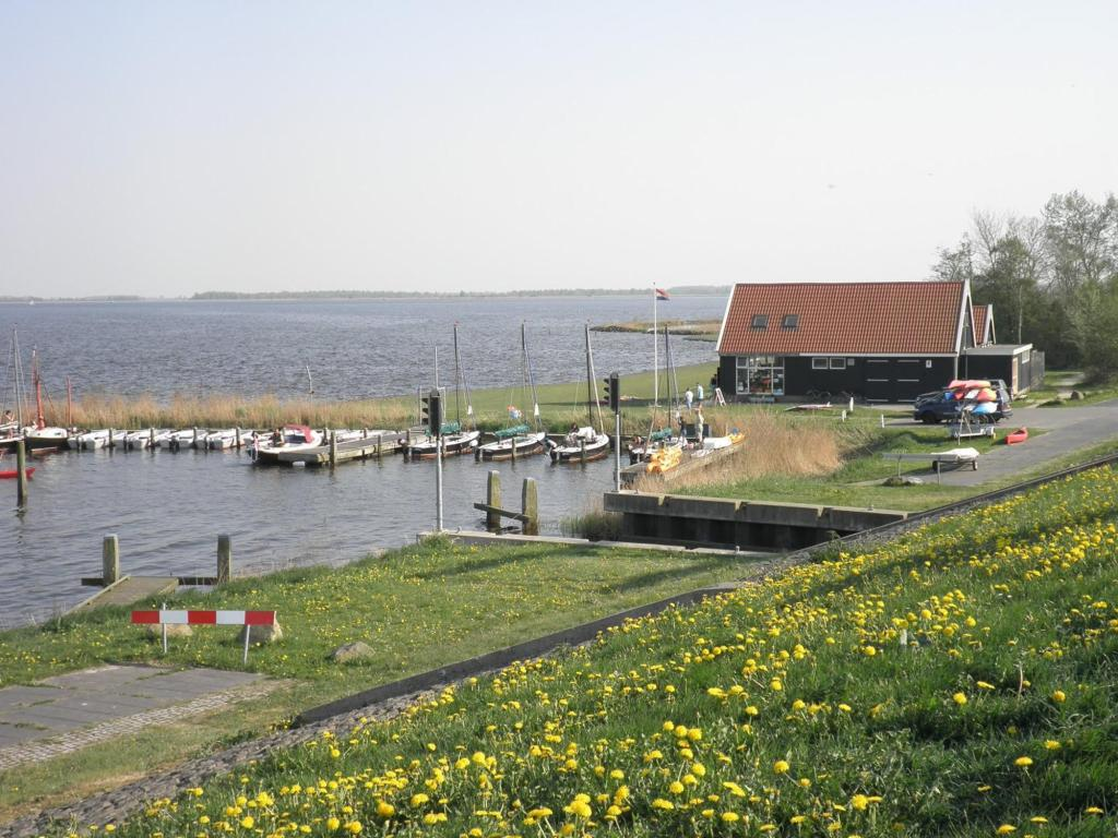 See all 35 photos house close to the national park Lauwersmeer
