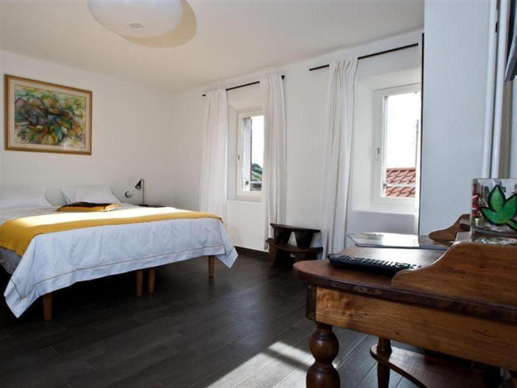 Junior Suite with Mountain View - Guestroom Guesthouse Arosio B&B