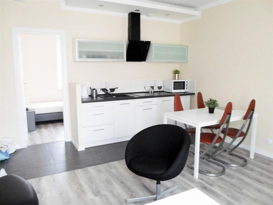 Standardni dvosobni apartma (Standard Two-Bedroom Apartment)