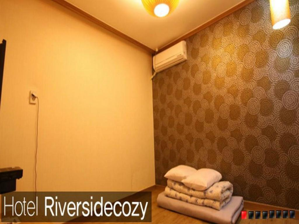 Korean Traditional Ondol Room B - Guestroom Hotel Riversidecozy
