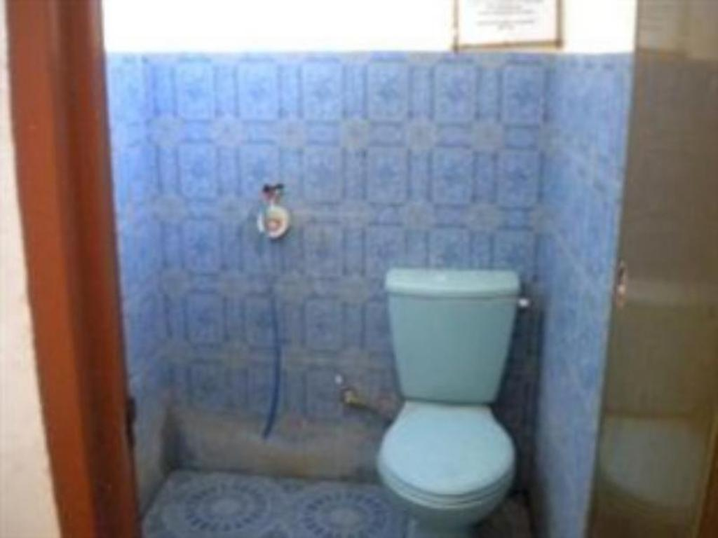 Bathroom Desi Bungalow